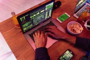 tester oprogramowania - zarobki