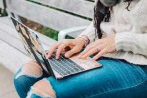 Gdzie znaleźć pracę online?